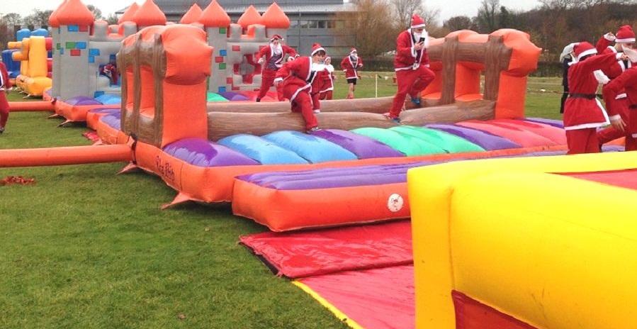 inflatable santa run