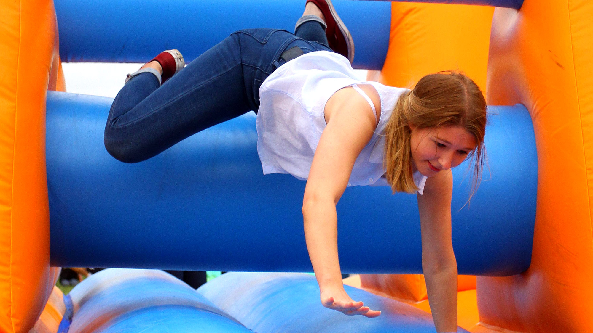 the manic mangles inflatable it s a knockout game it s a knockout